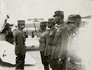 Il Beato Carlo all'aeroporto militare del Ciré presso Pergine in Trentino verso il 1917