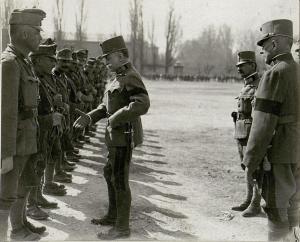 Il giorno 1 marzo 1917 l'imperatore Carlo I sostituisce Conrad da capo dell'esercito